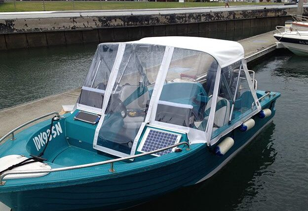 Trailer boat enclosure